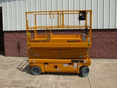 Used aerial Boom & Scissor Lifts for Sale and Rent