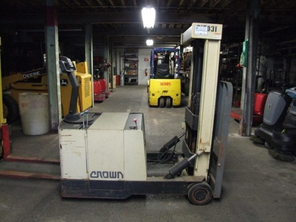Electric forklift rentals in New Holland and Boyertown, Pa
