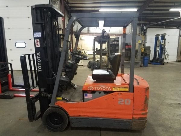 Electric tire forklift dealer in boyertown and new holland pa