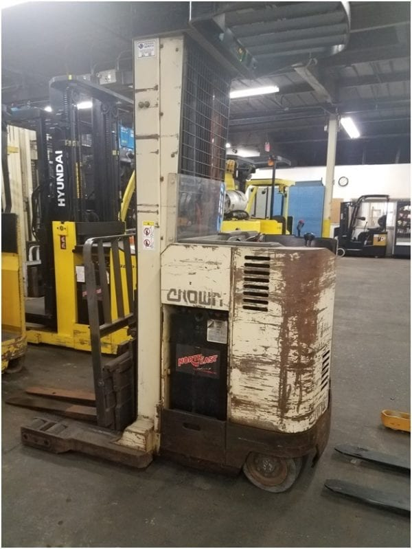 Crown RR3010-35 - Electric Forklifts